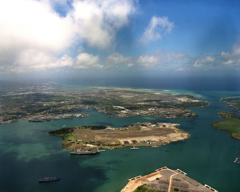 1280px-ford_island_aerial_photo_rimpac_1986