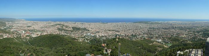 1280px-Barcelona._View_from_Tibidabo