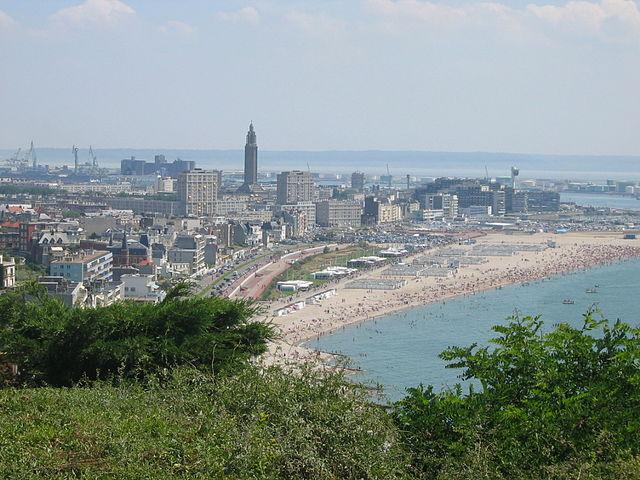 640px-Le_Havre_Vue_Plage_14_07_2005