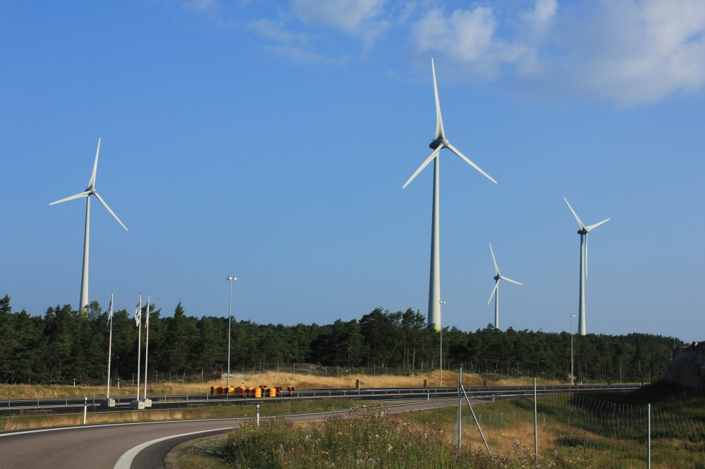 Windmills_at_the_Swedish_West_Coast